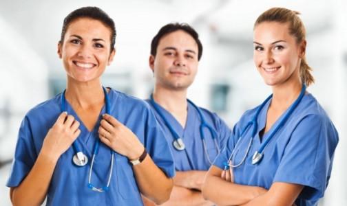 Фото №1 - Честные и смелые: Россияне назвали врачей и разработчиков вакцины от СOVID-19 героями 2020 года