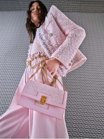 Фото №1 - 4 новые сумки Balmain, вдохновленные Пьером Бальменом и историей бренда