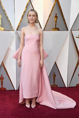 Фото №20 - «Оскар-2018»: 10 лучших платьев церемонии награждения
