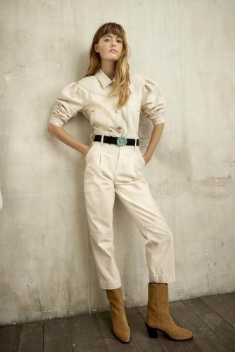 Фото №2 - Стильная путешественница: женственные блузы и легкие платья из новой коллекции Claudie Pierlot