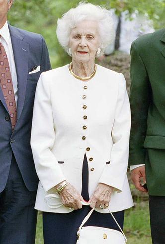 Фото №61 - Вне возраста: стильные приемы европейских аристократок (и аристократов)