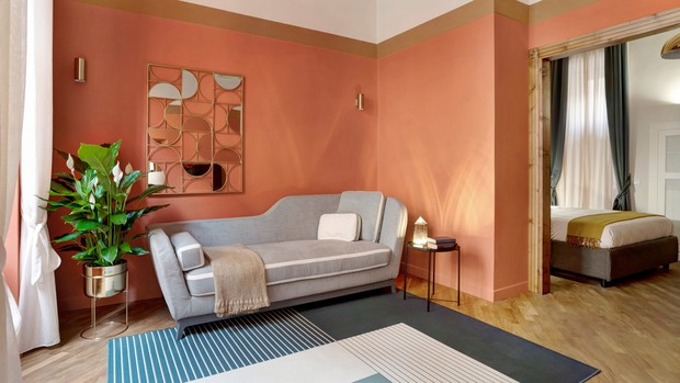 Фото №1 - Яркая квартира у фонтана Треви в Риме
