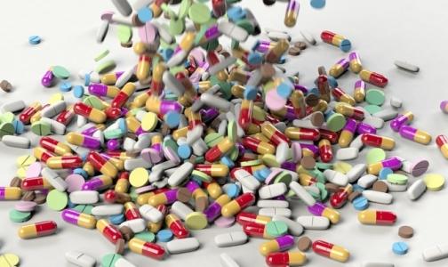 Фото №1 - Ученые объяснили, почему одни и те же лекарства по-разному действуют на людей