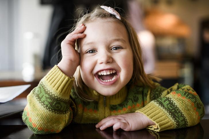 Фото №1 - Имя, планшет и бабушка: на что имеют право дети в разном возрасте