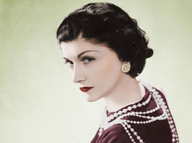Фото №1 - Как Коко Шанель не стала королевой Англии, и еще 14 удивительных фактов о ней