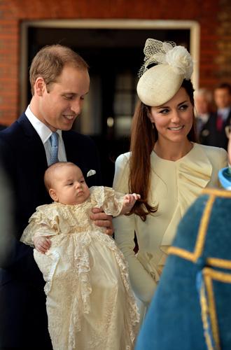 Фото №10 - Самые трогательные моменты крестин детей герцогов Кембриджских