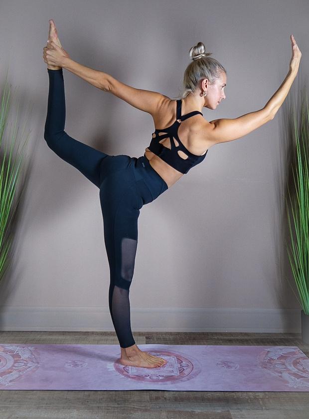 Фото №9 - Как превратить мамину йогу в увлекательное приключение для ребенка