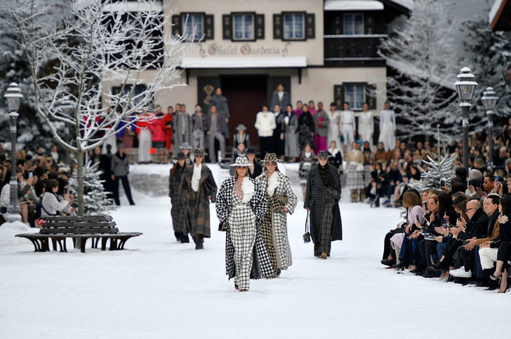 Фото №56 - 7 запоминающихся шоу на Неделе моды в Париже