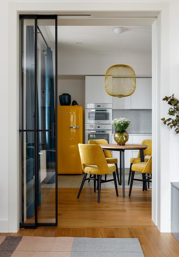 Фото №2 - Квартира молодой девушки в стиле mid-century modern 68 м²
