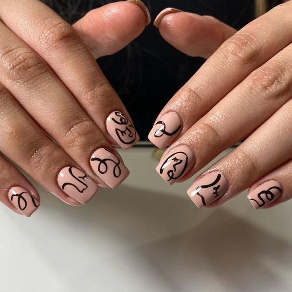Фото №21 - Nail-мания: 100 идей модного маникюра