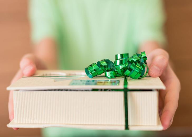 Фото №1 - Почему приятно делать подарки