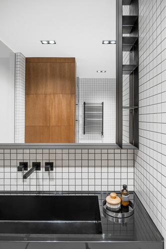 Фото №18 - Современная квартира в темных тонах 103 м²