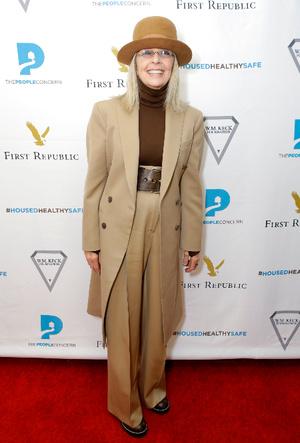 Фото №19 - Мода без возраста: самые стильные звезды старше 60 лет