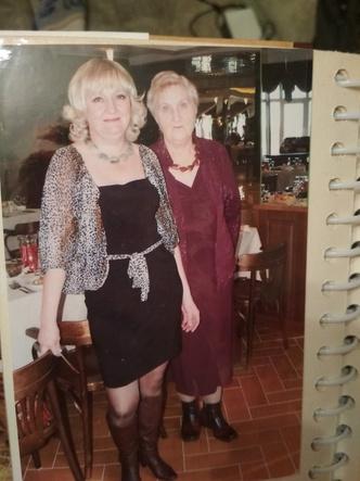 Фото №24 - 15 фото, которые докажут: дочки превращаются в копии своих мам
