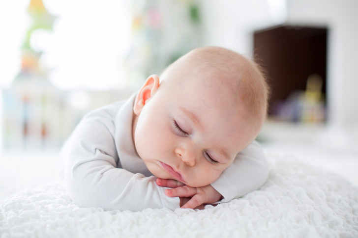 Позиционеры для снапольза вред, мнение врача, сон младенца, как помочь ребенку уснуть