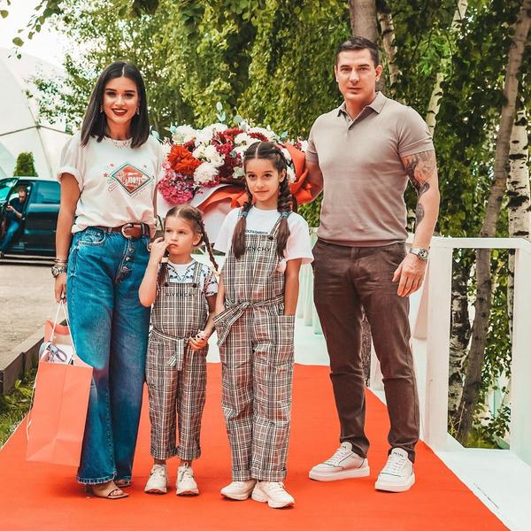 Фото №3 - Бородина с домом, Омаров с бывшей женой: Ксения и Курбан официально развелись