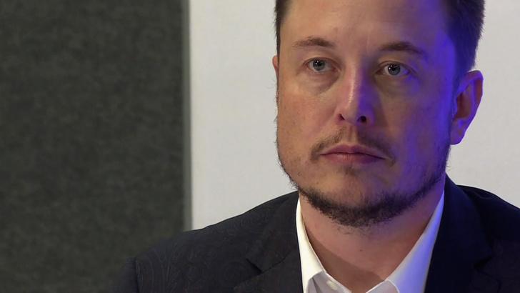 Фото №1 - MAXIM рецензирует документальный фильм «Илон Маск: Настоящий железный человек»