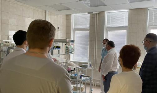 Фото №1 - Месячного малыша транспортировали в университет педиатрии Санкт-Петербурга спецбортом МЧС