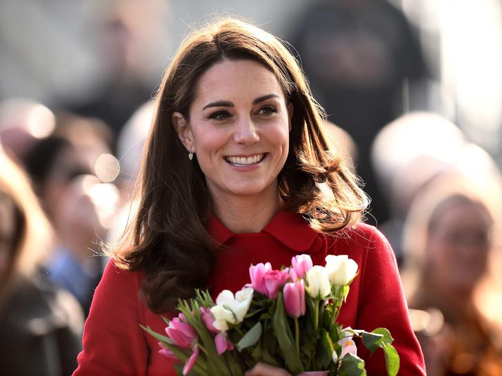 Фото №3 - Ход герцогини: почему поклонники БКС уверены, что скоро Кейт объявит о четвертой беременности