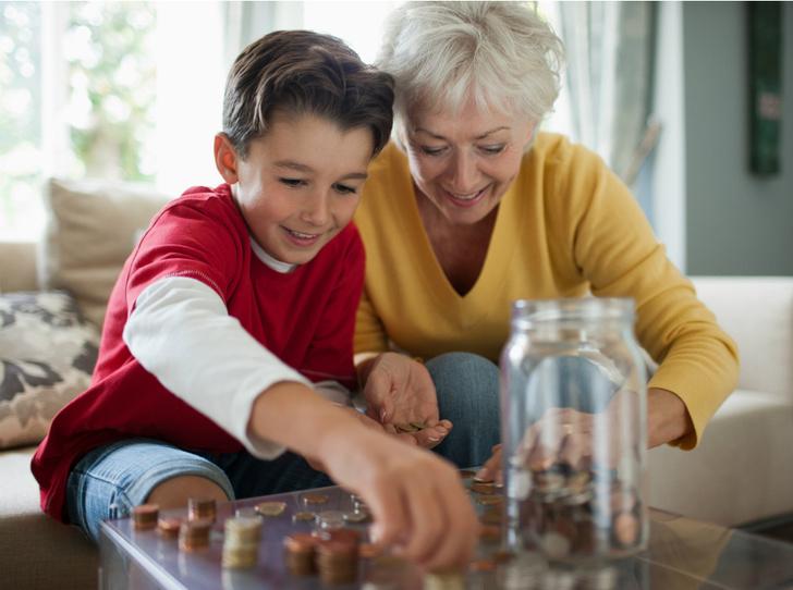 Фото №2 - Как научить ребенка обращаться с деньгами