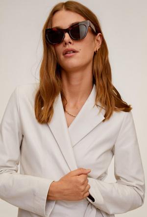 Фото №10 - Очки для лета: самые модные модели 2020