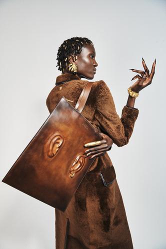 Фото №7 - Самые модные сумки осени и зимы 2021/22