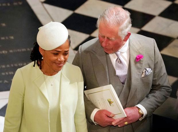 Фото №3 - Принц Чарльз познакомился с Арчи Сассекским