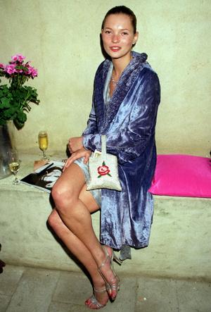 Фото №4 - На память о лете: 10 сумок из бисера как в 90-е