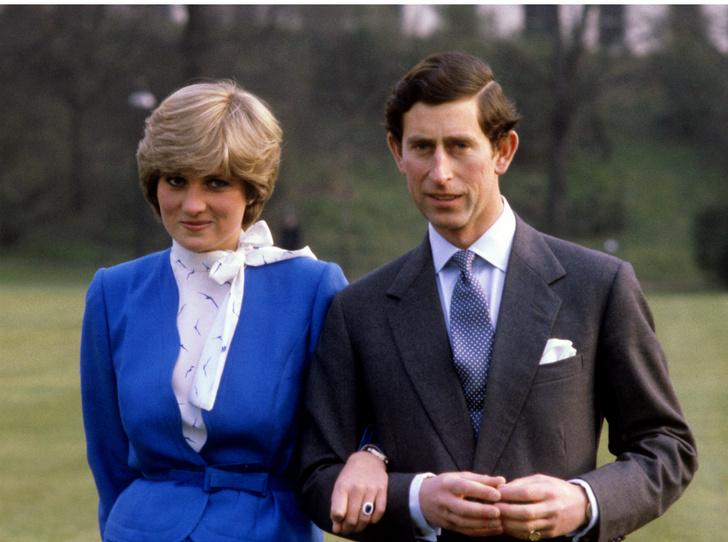 Фото №1 - Третий лишний: как Камилла «присутствовала» на помолвке Чарльза и Дианы