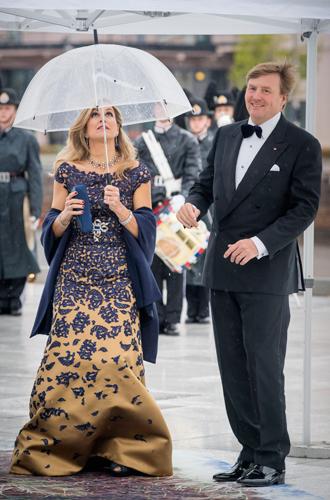 Фото №29 - Забавы королевского двора: самые интересные моменты юбилея Харальда и Сони