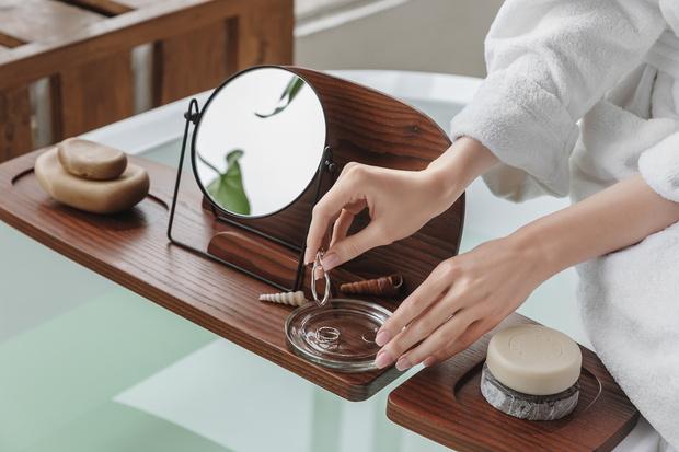 Фото №3 - Полка для ванной: дизайн Анны Струпинской для Amovino