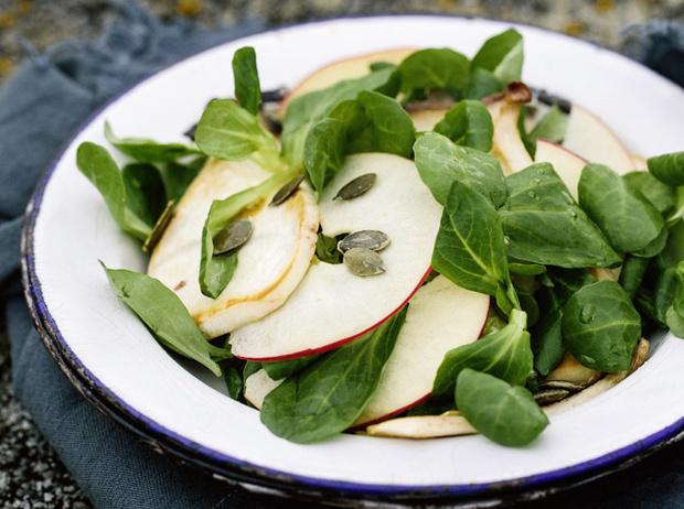 Фото №15 - 10 видов зеленого салата и 6 потрясающе простых рецептов с ним