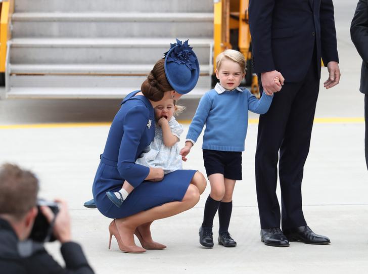 Фото №3 - Какая родительская привычка Кейт и Уильяма вдохновляет звезд (но раздражает Королеву)