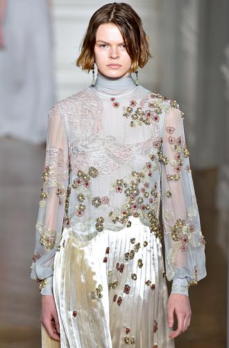 Фото №7 - 7 ключевых женских образов Недели haute couture SS17