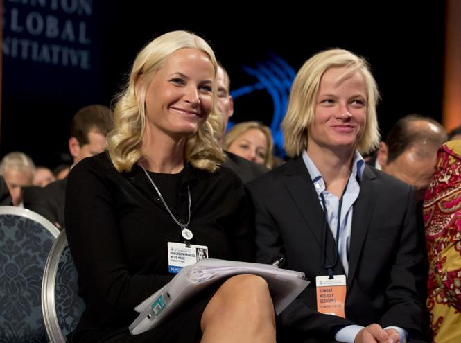 Фото №6 - В королевской семье Норвегии появилась своя  «Меган Маркл»