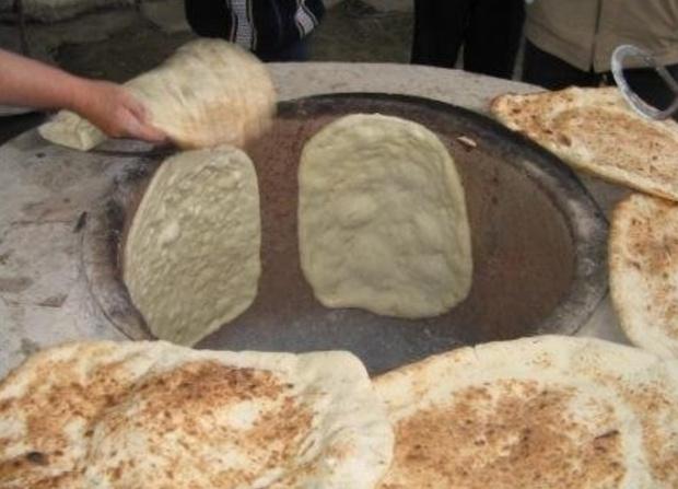 Так у нас пекут хлеб