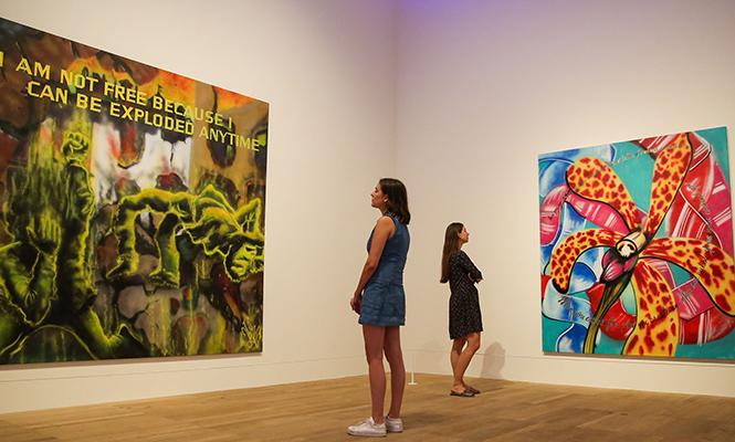 Фото №4 - «Первая леди граффити»: художница Lady Pink – о красоте, феминизме 80-х и коллаборации с Lancôme