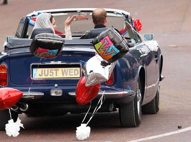 Фото №23 - Свадебный королевский этикет: что можно и чего нельзя делать на бракосочетании Гарри и Меган