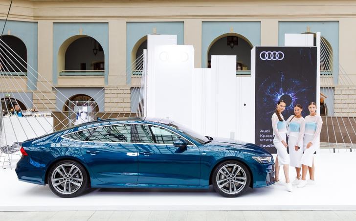 Фото №3 - Audi на международной ярмарке современного искусства Cosmoscow