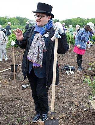 Фото №3 - На ВДНХ посадили вишневые деревья в рамках фестиваля «Черешневый лес»