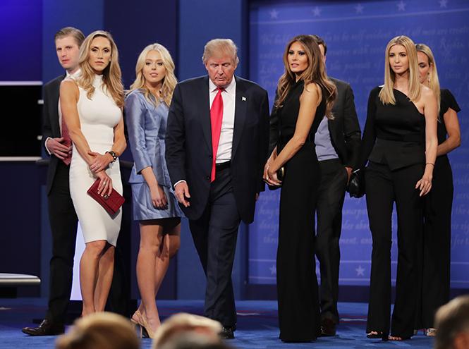 Фото №27 - Стиль Мелании Трамп: фэшн-привычки новой первой леди США