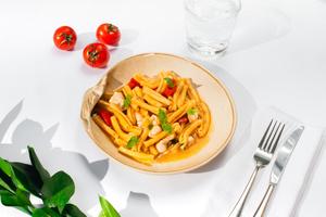 Фото №6 - Щи из крапивы и карпаччо из осьминога: необычные блюда из меню летних веранд