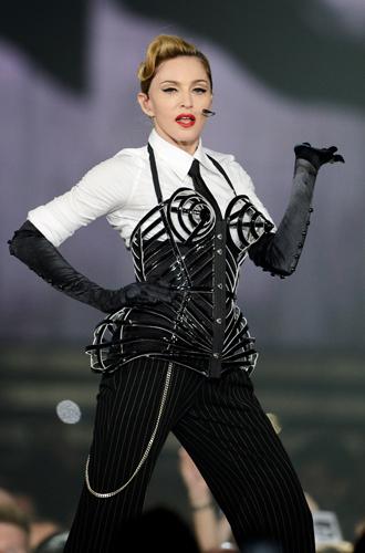 Фото №34 - 7 ключевых женских образов Недели haute couture SS17