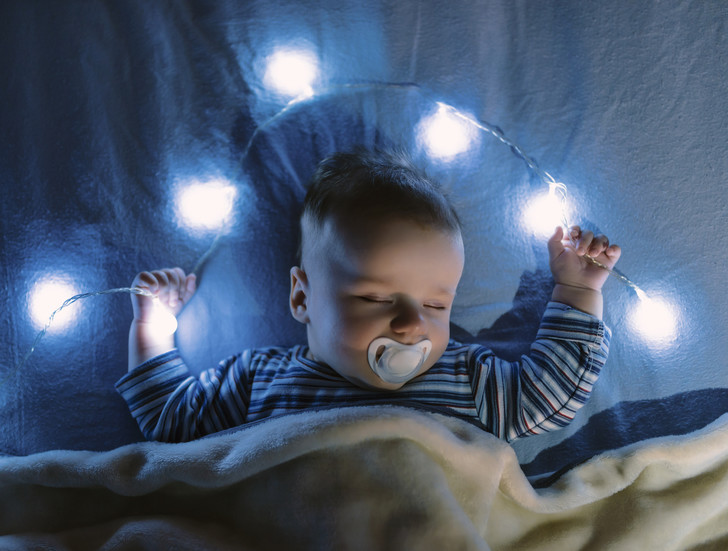 Фото №1 - Ученые рассказали об опасности ночников