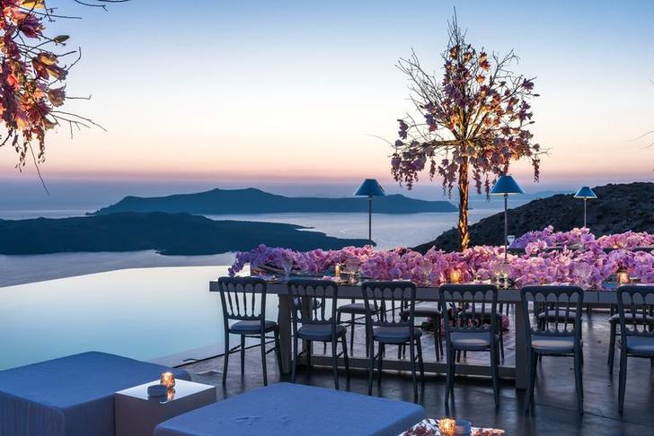 Фото №1 - Отель на Санторини по дизайну Паолы Навоне
