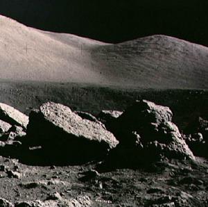 Фото №1 - Луну скупают европейцы