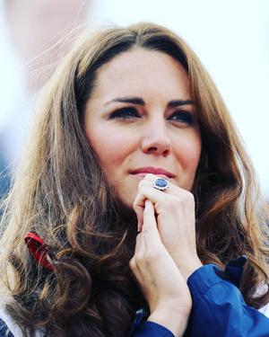 Фото №1 - Выходи за меня: самые красивые помолвочные кольца знаменитостей