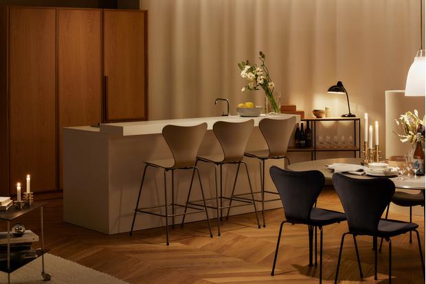 Фото №6 - Штаб-квартира Fritz Hansen в Токио по проекту Кенго Кумы