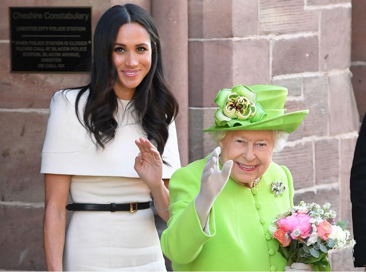 Фото №2 - Предательство семьи: чем Сассекские расстроили Королеву (снова)