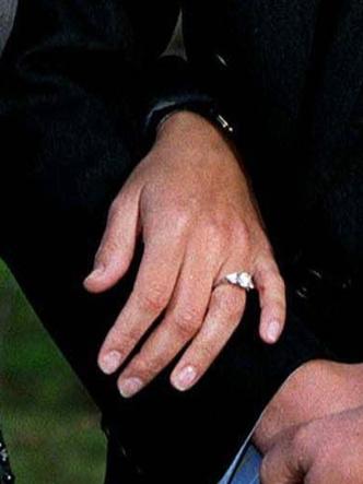 Фото №4 - Украшение с секретом: тайные символы помолвочного кольца Софи Уэссекской